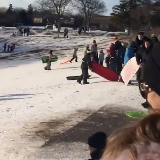 Police remove parents and children from tobogganing hill in Oakville