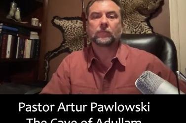 Police on Guard's Rob Stocki, interviews Pastor Artur Pawlowski